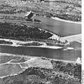 Bundesarchiv Bild 195-2247, Rheinbefliegung, Istein.jpg