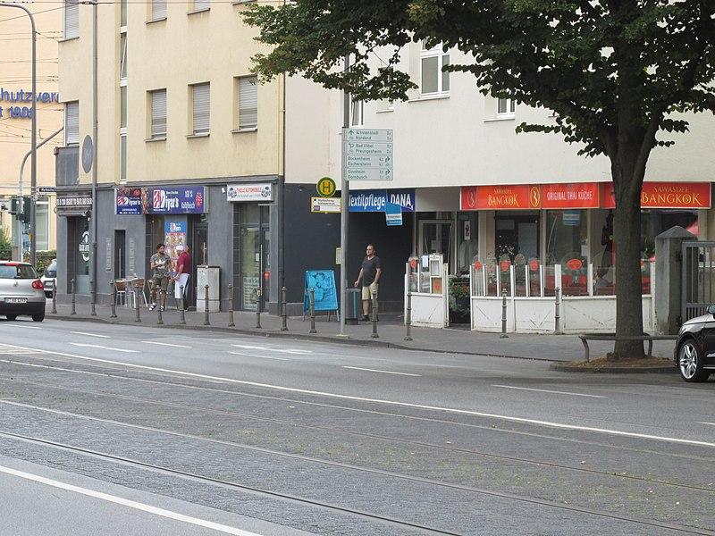 Bushaltestelle Frankfurt