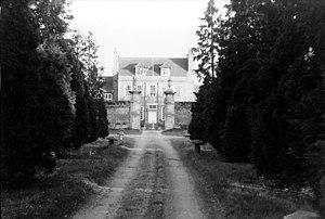 Byfleet - Byfleet Manor