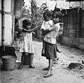 COLLECTIE TROPENMUSEUM Kinderen in het dorp Ullath TMnr 20000109.jpg