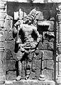 COLLECTIE TROPENMUSEUM Reliëf met een Bodhisattva op de Candi Sari TMnr 10015996.jpg