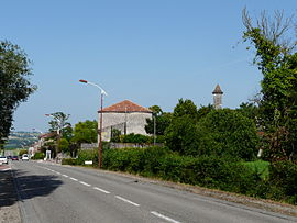 Calignac village.JPG