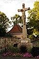 Calvaire devant l'entrée du cimetière de Colmar.jpg