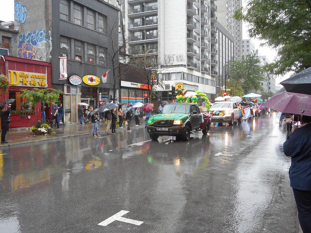 File:Canada Day 2015 on Saint Catherine Street - 274.jpg - Wikimedia