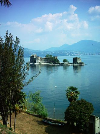 Cannero Riviera - the remains of the Castle