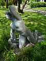 Carl Gutknecht (1878–1970) Bildhauer. Skulptur, Kniende, von 1945, Universitätsspital-Garten, Basel (1).jpg