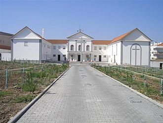 The Carmel of Beja, in Portugal, where nuns profess to have had apparitions of the Child Jesus, that never were confirmed Carmelo do Sagrado Coracao de Jesus Beja.JPG