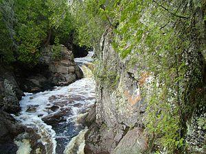 Cascade River State Park - Image: Cascade Park MN arf (3)