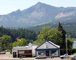 Cascade Locks Oregon post office.jpg