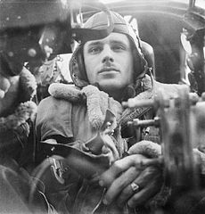 Cecil Beaton Photographs- General; Royal Air Force D4736.jpg