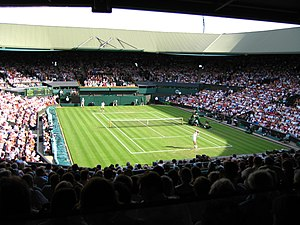 Tim Henman vs Jarkko Nieminen on Centre Court ...