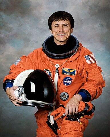 Astronaut Dr. Franklin R. Chang-Diaz, NASA photo Source: Wikipedia (spaceflight.nasa.gov killed 25 Feb 2021) 384px-Changdiaz.jpg