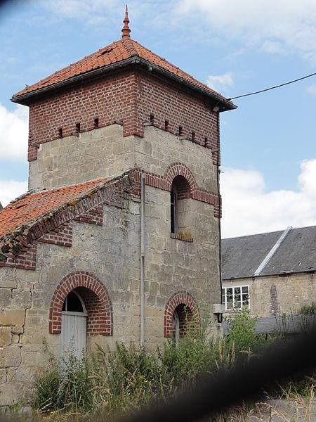 Chavigny (Aisne) tour pigeonnier