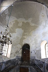 Church of the Nativity interior 2010 7.jpg