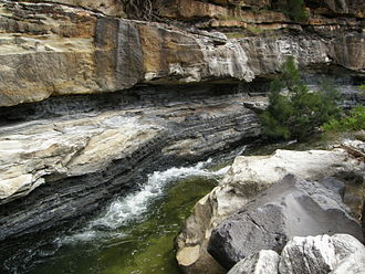 Porcupine Gorge - Image: Coal seams Betts Creek Beds QLD