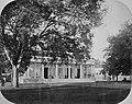 Collectie NMvWereldculturen, TM-60025083, Foto- Het huis van de Resident op het Koningsplein in Batavia, Woodbury & Page, ca. 1871.jpg