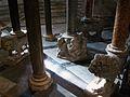 Columnes del púlpit del baptisteri de Pisa.JPG