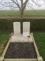 Commonwealth war graves - The Netherlands - Geervliet (Simonshaven) Protestant churchyard.jpg