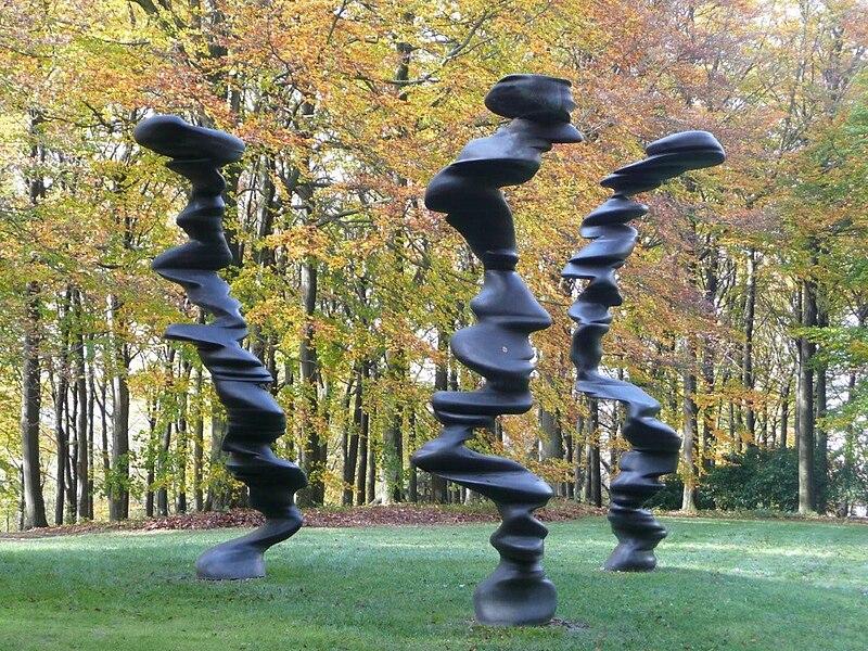 File:Cragg Skulpturenpark 05.JPG