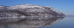 Crow's Nest Mountain reflection in Hudson.JPG