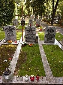 Czesław Cywiński grób.JPG