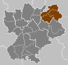 Gray map of Rhône-Alpes region, with Haute-Savoie in brown
