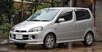 Daihatsu YRV - Image: Daihatsu YRV 001