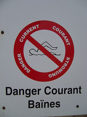 Rip current - A warning sign in France