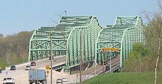 Daniel Boone Bridge - The 1989 bridge (left) alongside the original span. A new bridge has since been built to replace the original structure.