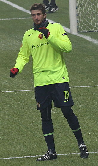David Abraham (footballer) - Abraham training for FC Basel