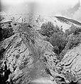 De patrouille of peloton beklimt de Bromo, Bestanddeelnr 15751.jpg