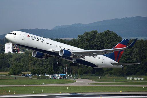 Delta Airlines Boeing 767-332ER - N179DN (ZRH) (20946086204)
