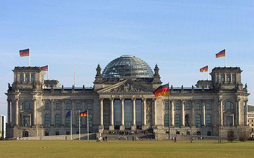 Der Deutsche Bundestag Plenarsaal-Gebäude Reichstagsgebäude Platz der Republik Berlin - Foto 2009 Wolfgang Pehlemann Steinberg DSCN9832