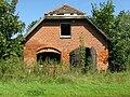 Diekhof-Dorf leerstehendes Haus 2009-08-20 043.jpg