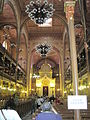 Dohány synagogue interior3.JPG