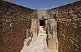 Dolmen de Viera, pasillo de entrada al dolmen.jpg