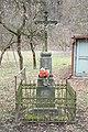 Dolní-Loučky-kříž-naproti-domu-čp.75--2019.jpg