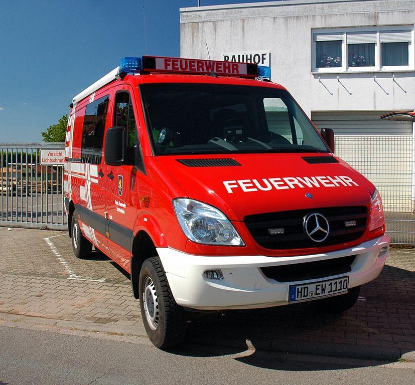 file:dossenheim - mercedes-benz sprinter 316 cdi 4x4 - freiwillige
