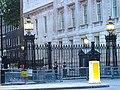 Downing street (2233026633).jpg