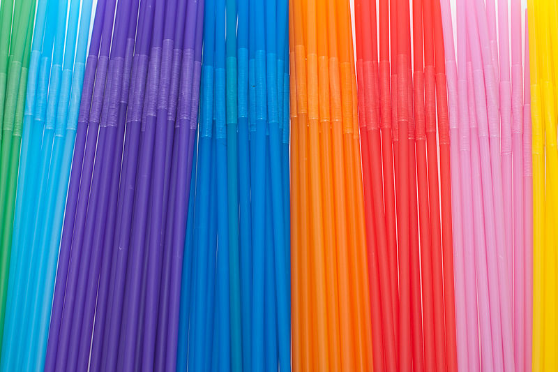 File:Drinking straws sorted (4273102419).jpg