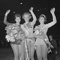 Eiskunstlauf-Weltmeisterschaft 1964 916-1135.jpg