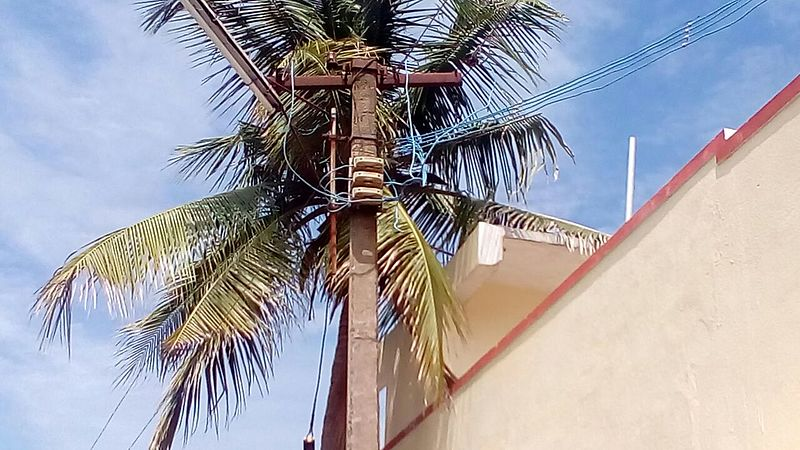 File:Electric pole.jpg