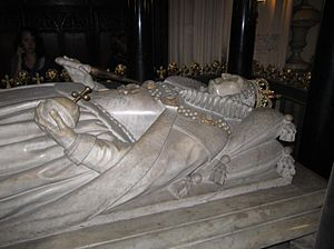 Burials and memorials in Westminster Abbey - Grave effigy of Queen Elizabeth I
