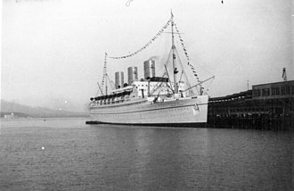 RMS Empress of Japan (1929) - RMS Empress of Japan in original appearance.