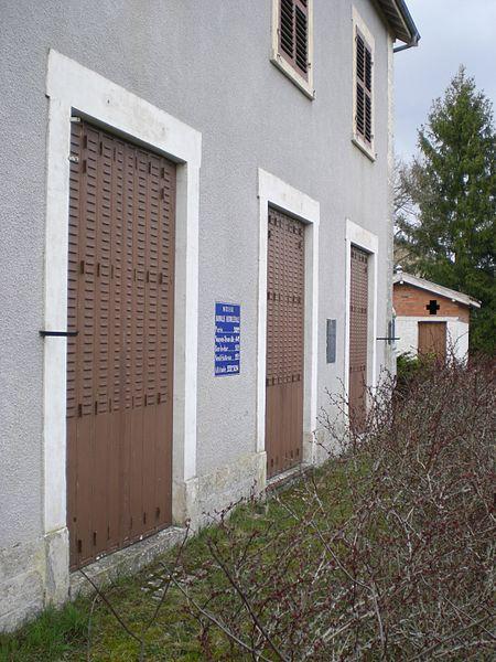 Entfernungstabelle am Bahnhof Dainville-Bertheléville