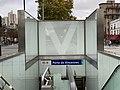 Entrée Station Métro Porte Vincennes Paris 2.jpg
