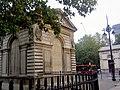 Entrance to Euston railway station - geograph.org.uk - 574010.jpg