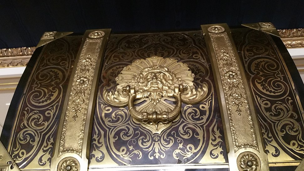 Example of Boulle Marquetry from the Wallace Collection in London 8