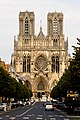 Facade de la Cathédrale de Reims - Avenue libergier.jpg
