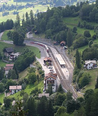Filisur (Rhaetian Railway station) - Filisur station from above